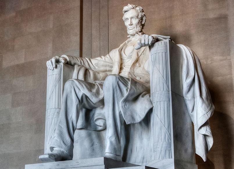 Monuments The Lincoln Memorial Of Churchill Hotel Near Embassy Row, Washington
