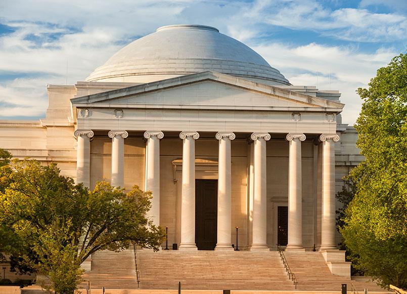 Smithsonian Museums Around Churchill Hotel, Washington